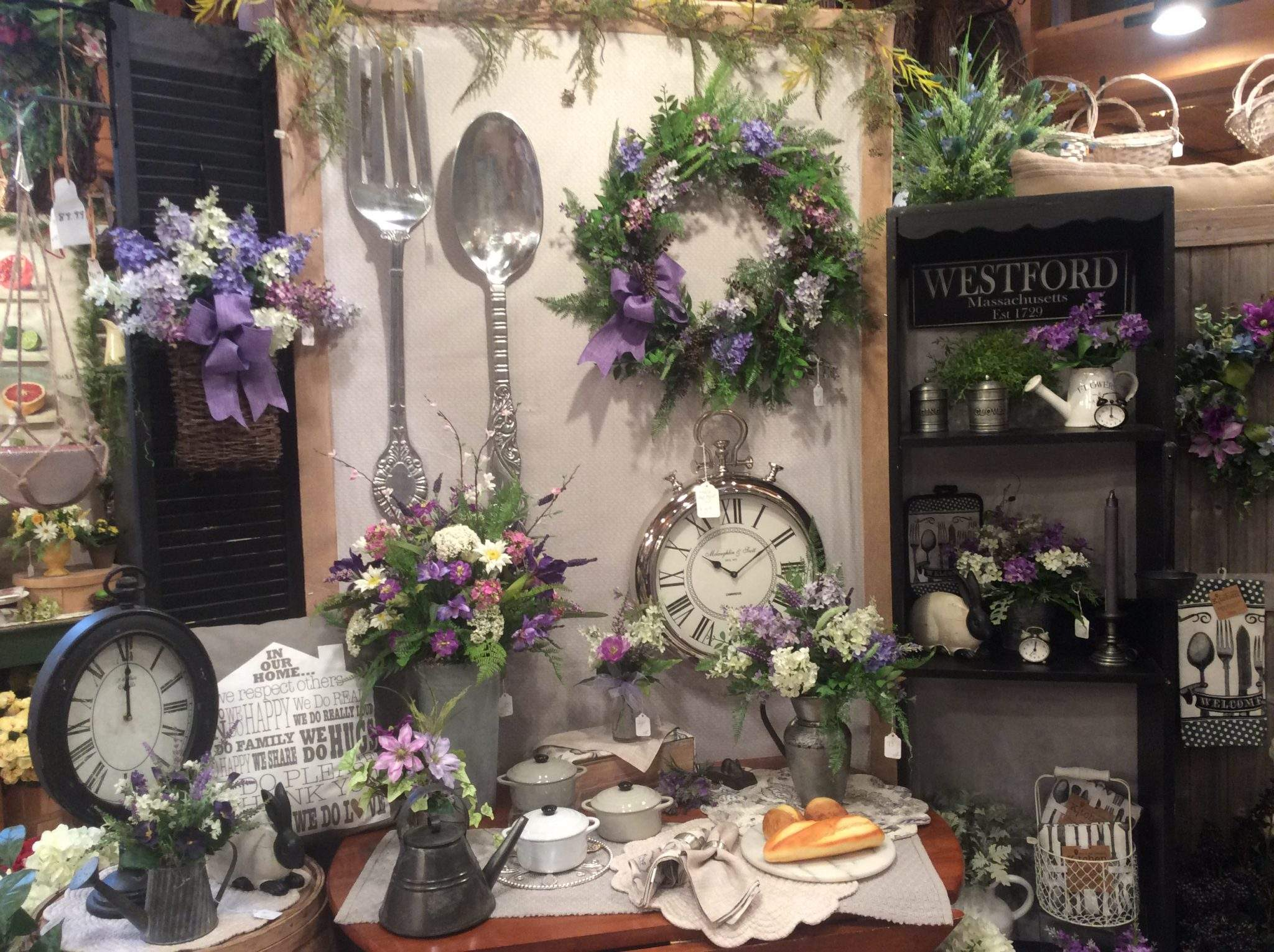 Lilac Decor items